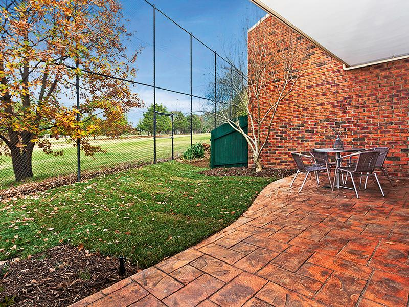 Rear courtyard/ golf course